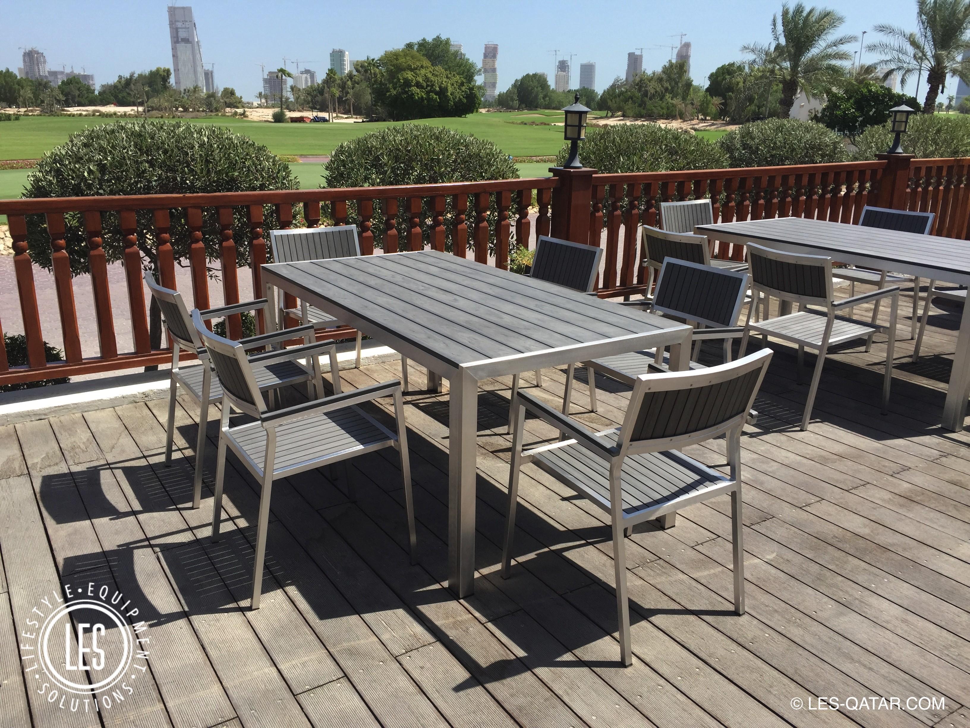 Lifestyle equipment solutions les qatar les manhattan for Outdoor furniture qatar