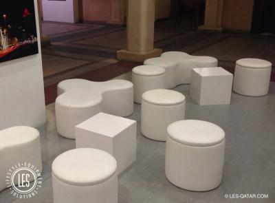 LES Puzzle and Round Lounge Seater